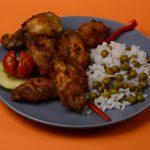 Rántott csirkeszárnyak rizi-bizivel (más körettel is kérhető)